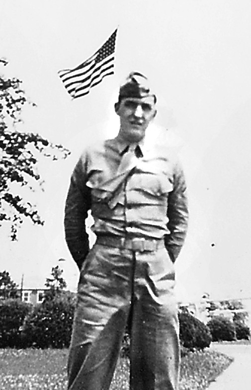 "Pfc. Dick Bonelli of Englewood, Fla. cut down scores of Chinamen with his 30-caliber machine gun on ""Fox Hill"" during the onslaught."