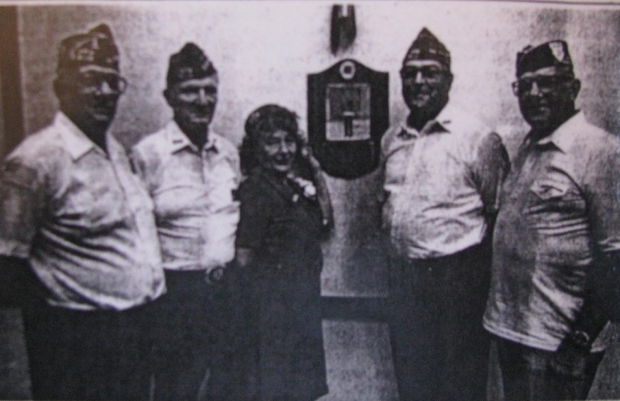 Left to right, Orent S. Gordon, Sr., trustee, Russell Gallaway, past commander, Melitta Gay, Ed Ledeger, post commander and Sandy Sandmire, commander-elect EX-POW Club. Gondolier photo by Allan Johnson