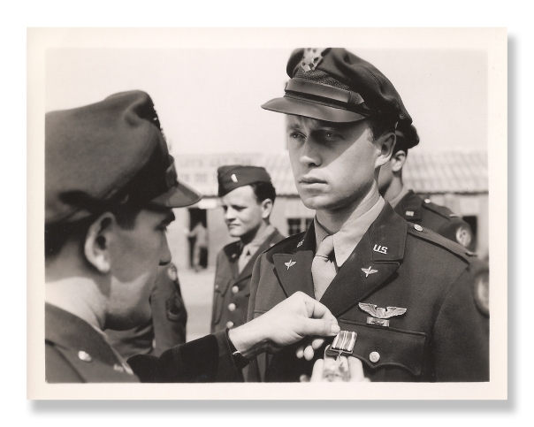 Lt. Erickson receives the Distinguished Flying Cross for several hazardous missions he successfully flew against German targets in Europe. Photo provided by Mark Erickson