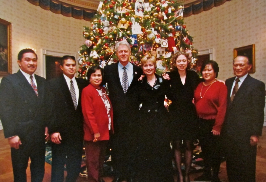 This shot of President Bill Clinton and Hillary (center) are flanked by Ricardo Jr., Richard, Sarah, the President and his wife, Hillary Clinton , Chelsea, their daughter, Carmen and Ricardo Sr. Photo provided