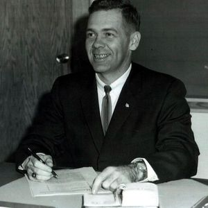 Robin Matthews