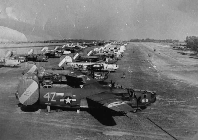 B-24 Liberators of the 467th Bomb Group lined up at Rackheath. B-24 is visible in the foreground.