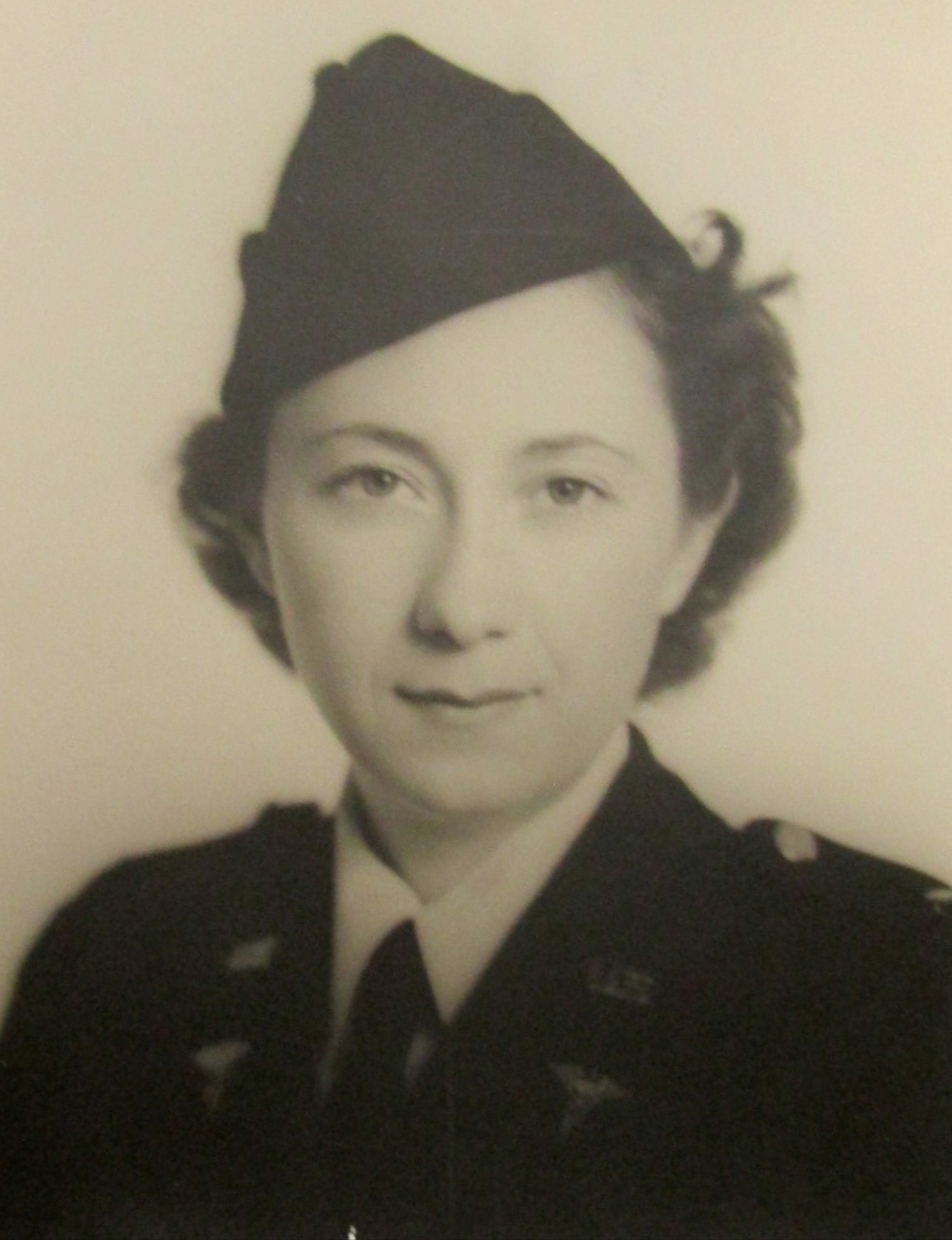 "103-year-old Air Force nurse, Grace Chicken, served in WW II, Korea and ""Cold War"""
